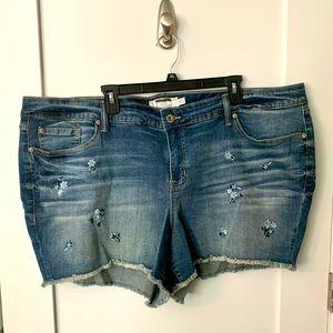 Torrid Embroidered Frayed Denim Shorts Size 26